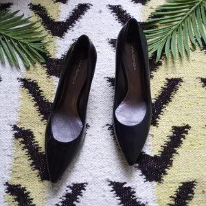 Via Spica Black Leather Pointed Toe Heel 10N